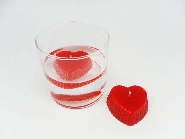 Yüzen Kalp Mumlar